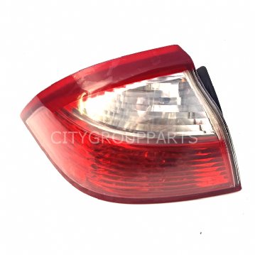 SAAB 93 9-3 MODELS 2002 TO 2007 CONVERTIBLE REAR PASSENGER SIDE TAIL LIGHT LAMP